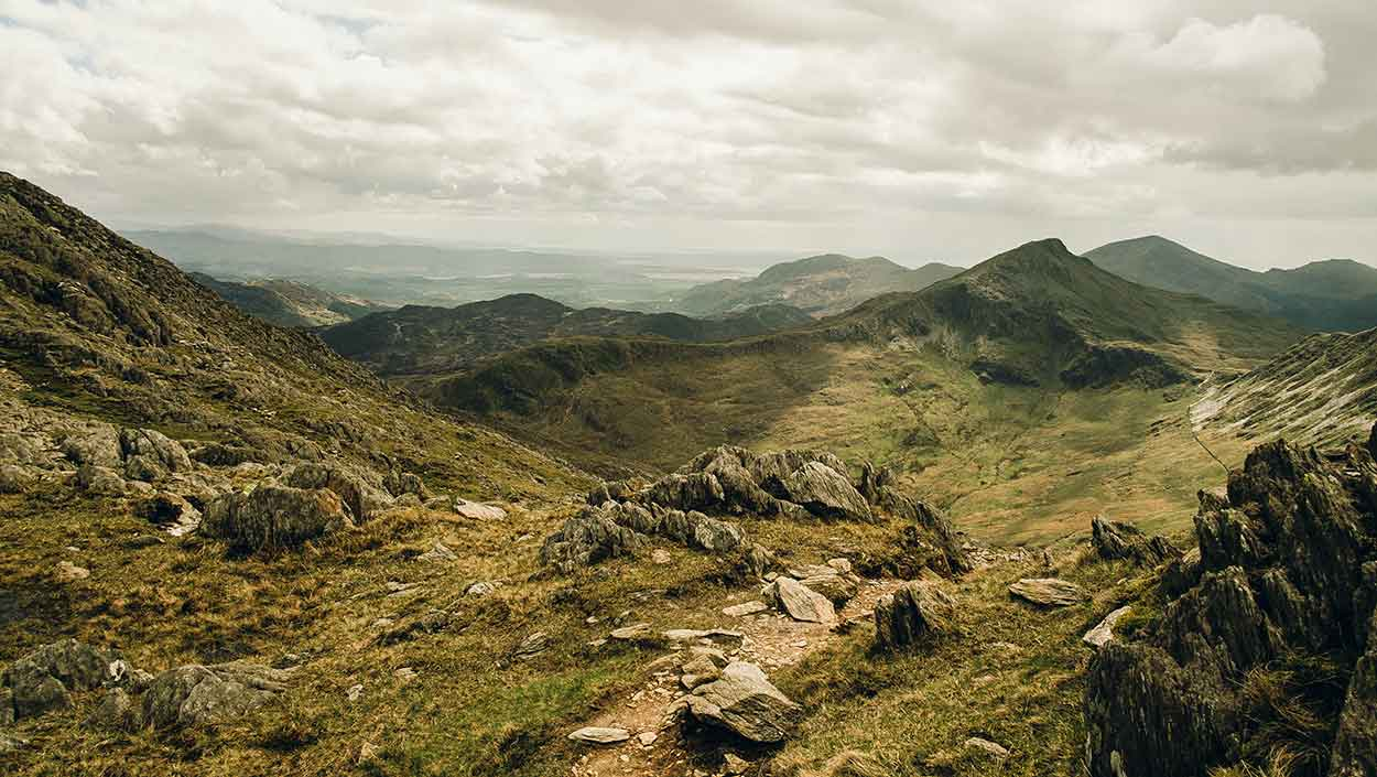 mountains in snowdonia national park uk staycation
